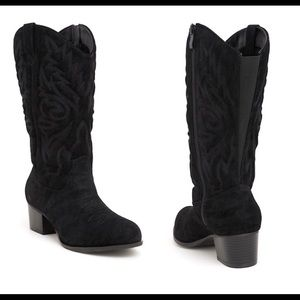 Torrid   embroidered black faux suede boots